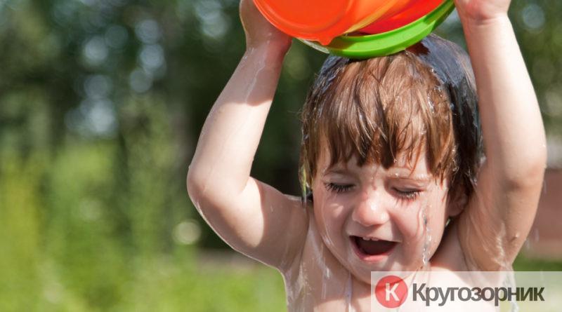 kak pravilno zakalyat rebenka v domashnix usloviyax 800x445 - Как правильно закалять ребенка в домашних условиях