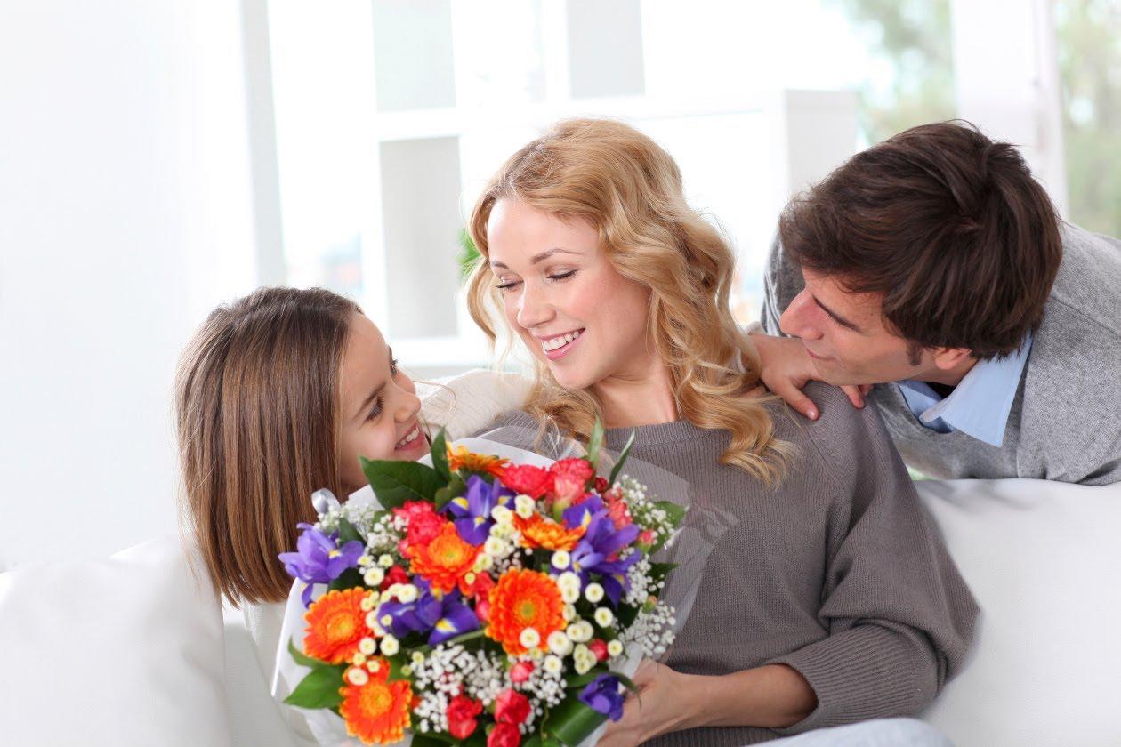 kakie cvety podarit mame - Какие цветы подарить маме