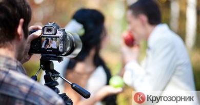 videograf na svadbu chto nuzhno znat vybiraya ego 390x205 - Видеограф на свадьбу. Что нужно знать, выбирая его?